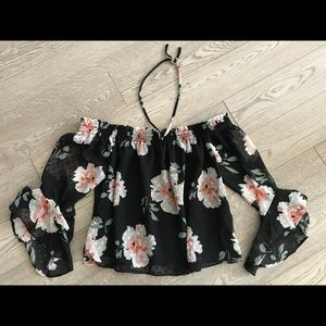 Forever 21, Floral Blouse size M, off-shoulder